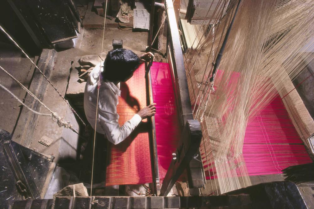 El nacimiento del telar y las prendas de ropa